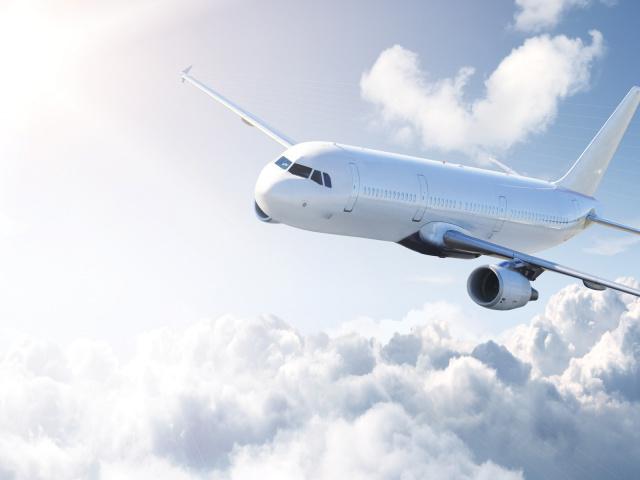 В Крым начнут летать самолеты из Томска