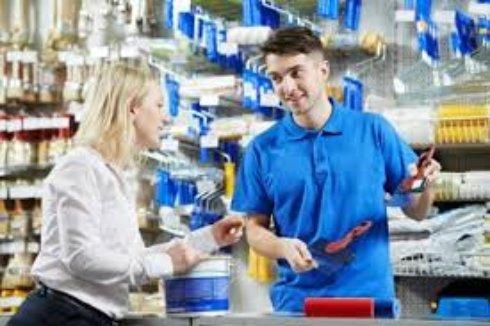 Квалифицированный продавец-консультант: дефицит на рынке труда