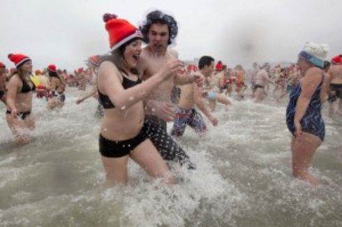 В Феодосии состоялось открытие купального сезона