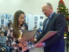 В Севастополе 15-летняя ученица  выиграла 20 тысяч рублей