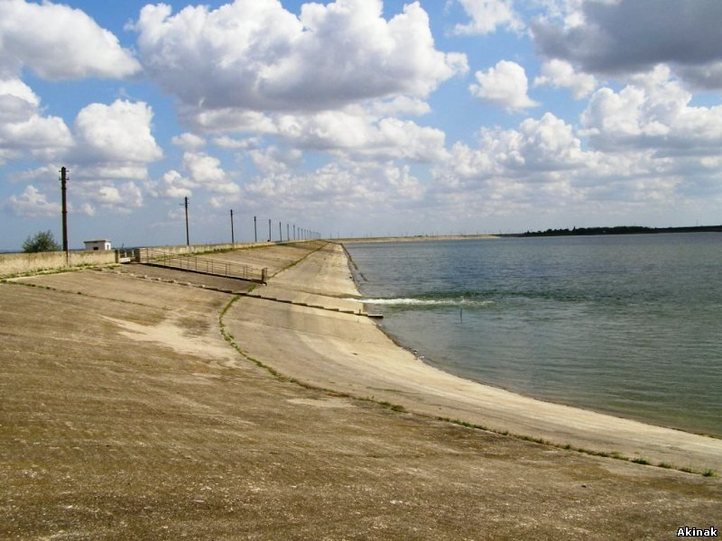 В Феодосии начали заполнять водохранилище водой