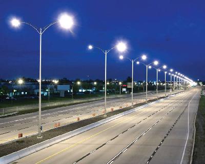 В Симферополе модернизируют уличное освещение