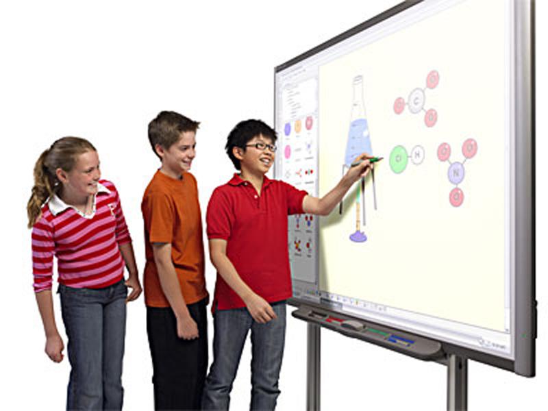 После новогодних каникул в школах Ялты появятся системы интерактивного обучения