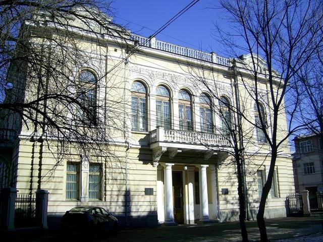 В Симферополе покажут работы московской школы акварели и изящных искусств