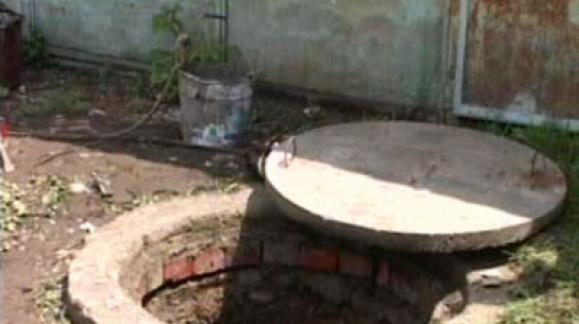 Житель Керчи убил женщину и сбросил тело в канализационный колодец