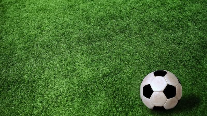 Симферопольский футбольный клуб «ТСК» с разгромным счетом проиграл ФК «Сибирь»