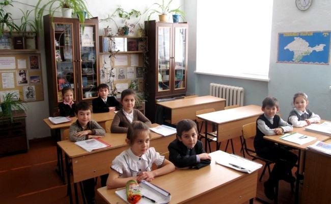 Стало известно сколько детей в Крыму обучаются на крымскотатарском языке
