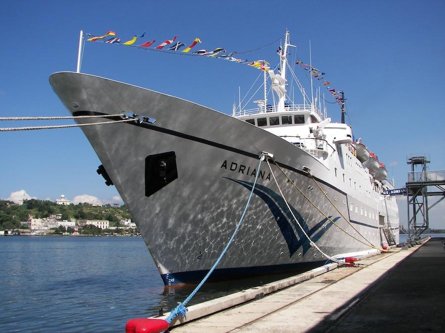 Из Ялты в  Стамбул будет курсировать лайнер