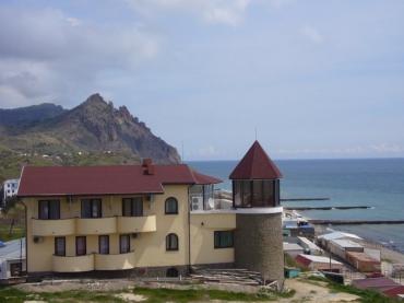 Крымские мини-отели снижают цены на проживание