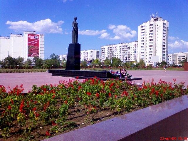 В Евпатории восстановят военные памятники