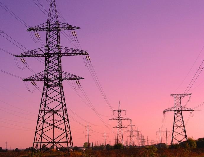 «Крымэнерго» продолжает модернизировать электросети