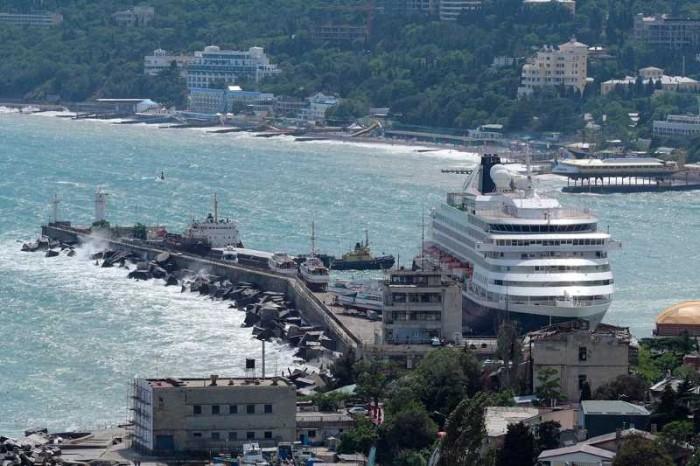 Министерство курортов Крыма хочет ввести безвизовый режим для гипотетических круизных туристов