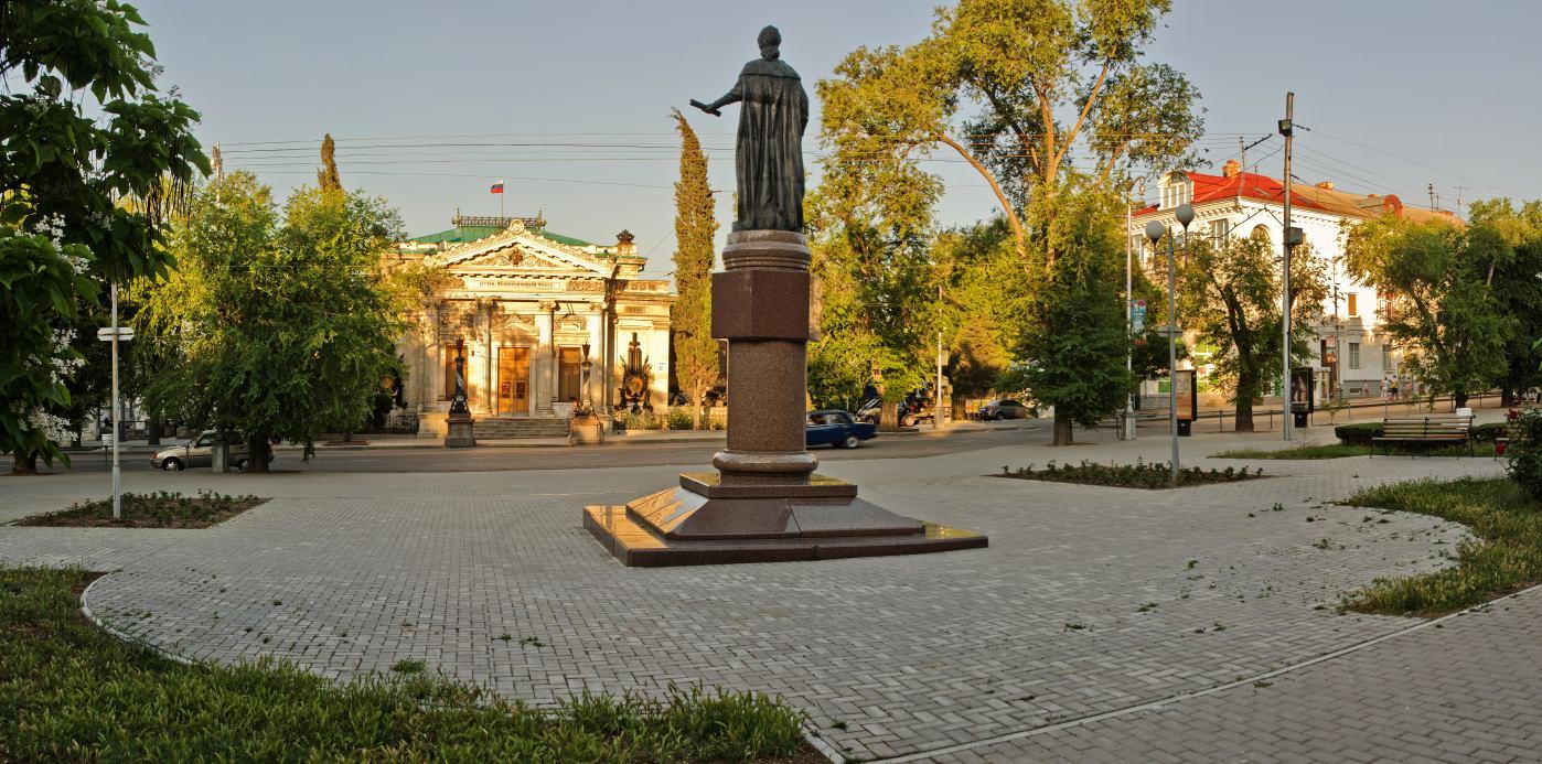 В Крыму пройдет автопробег, приуроченный к 232-летию манифеста о присоединении Крыма к России