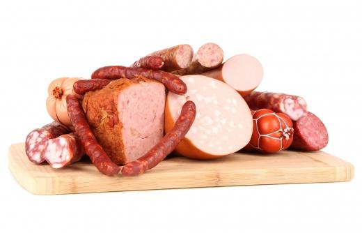 На полуостров не пропустили украинскую колбасу