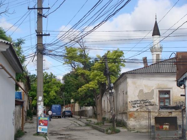 В Старом городе в Симферополе на одном квадратном метре прописано 15 человек