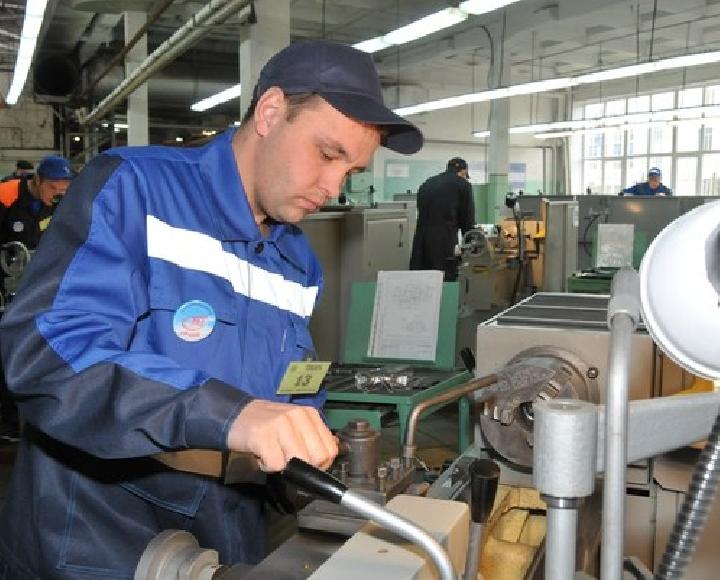 В Севастополе не хватает сотрудников на рабочие специальности