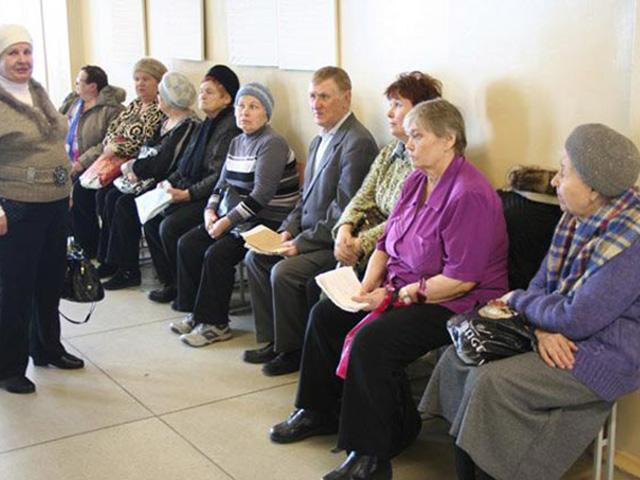 Севастопольские ветераны не могут попасть к врачам из-за длинных очередей