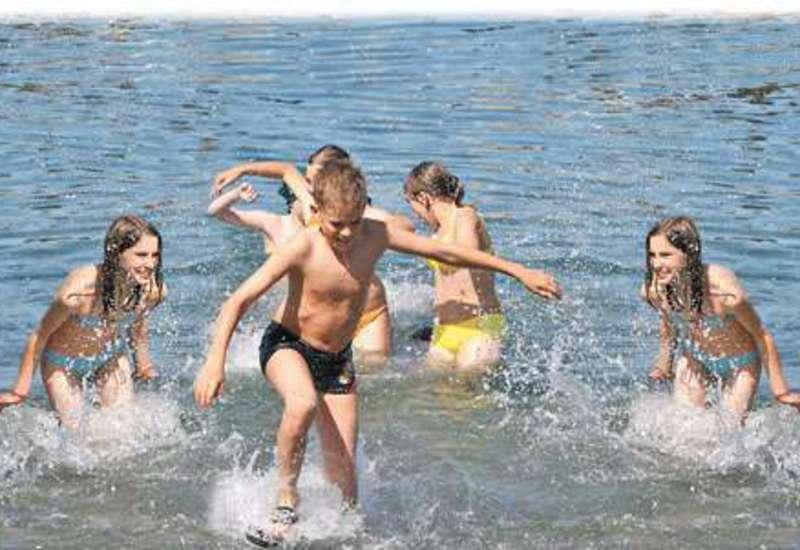 Сокращены расходы на оздоровление детей в Крыму