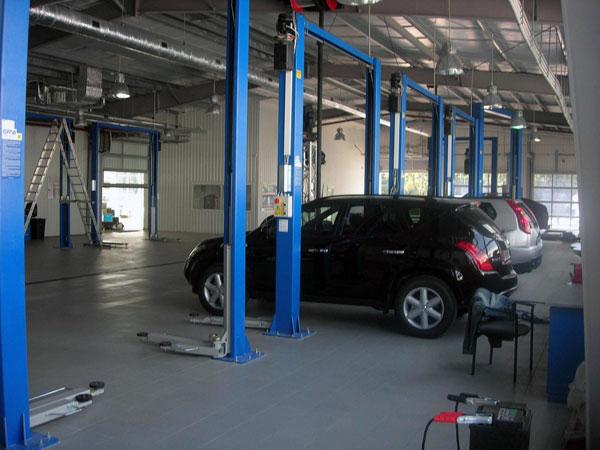 Сотрудники станции техобслуживания похитили автомобиль клиента