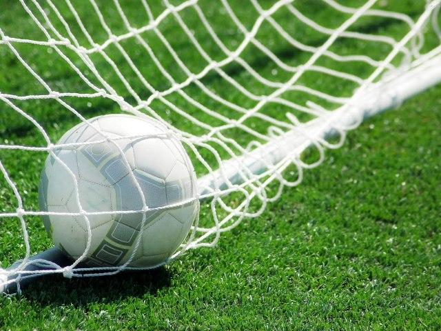 Генеральный директор симферопольского футбольного клуба избил помощника арбитра