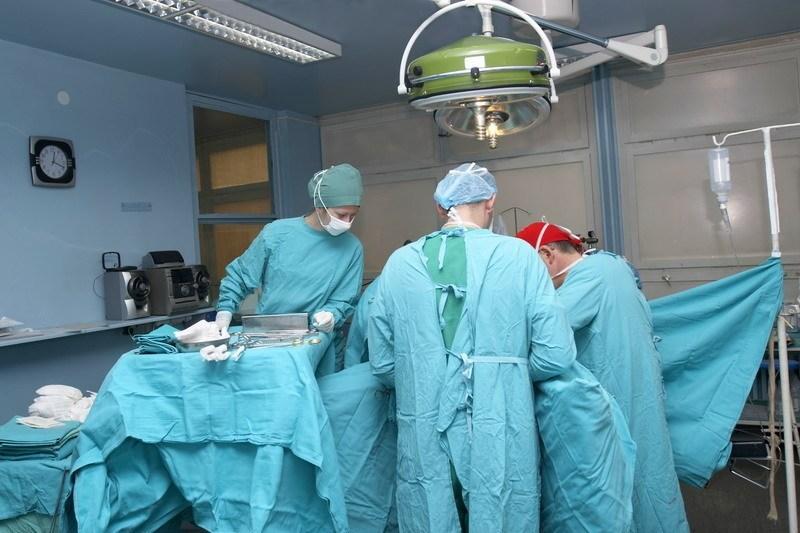 Нейрохирурги из Симферополя смогли посмотреть на показательную операцию на позвоночнике