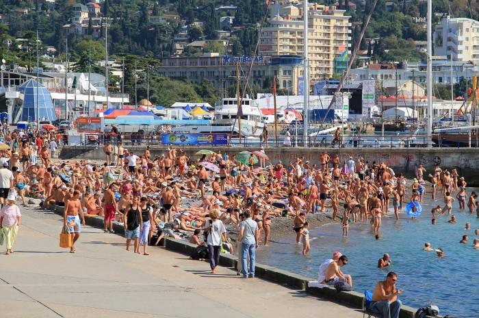 С начало года Феодосию посетило 4 тысячи туристов