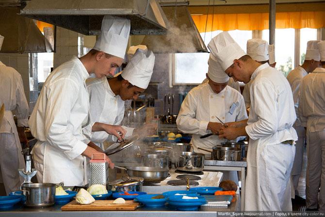 В Симферопольском патриотическом центре будут обучать поваров