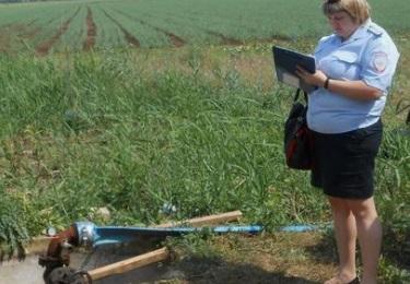 Крымские власти выявили факт использования питьевой воды не по назначению