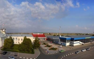 Для заказных автобусов в аэропорту «Симферополь» появится отдельная полоса