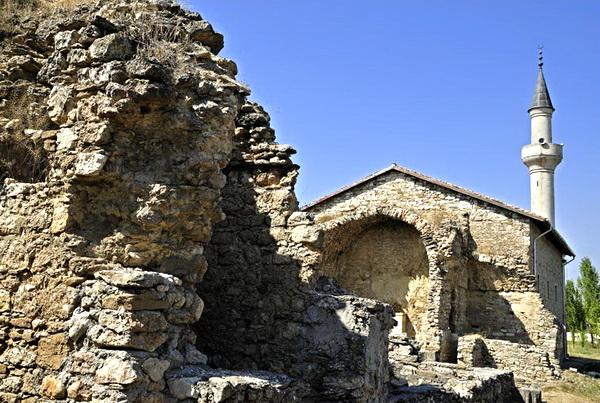 В Крыму появится центр сохранения исламского наследия