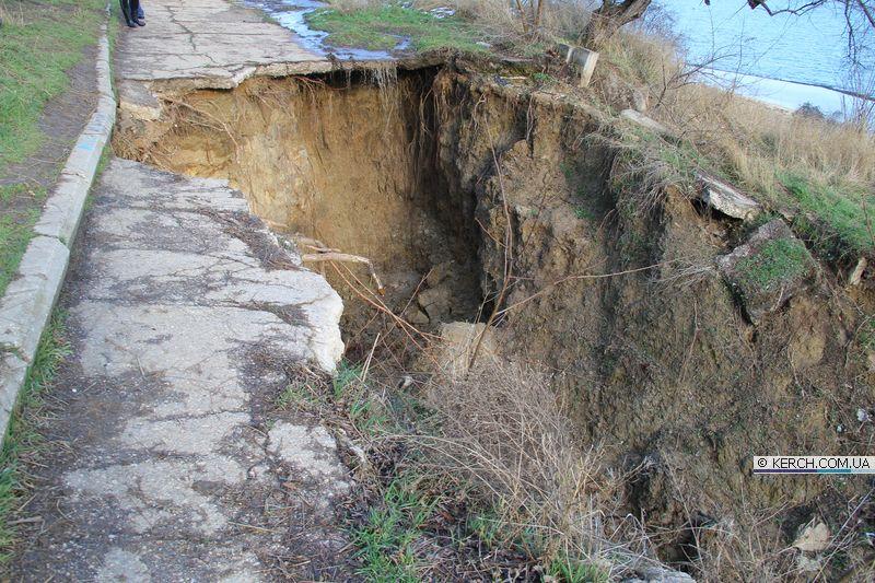 В Керчи возникла угроза оползней