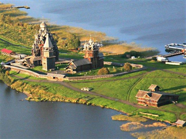 Где можно отдохнуть летом в России в 2015 году?
