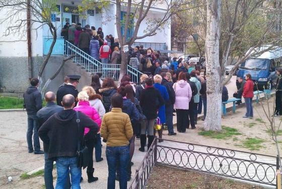 Мошенники через интернет продают талоны к севастопольским врачам