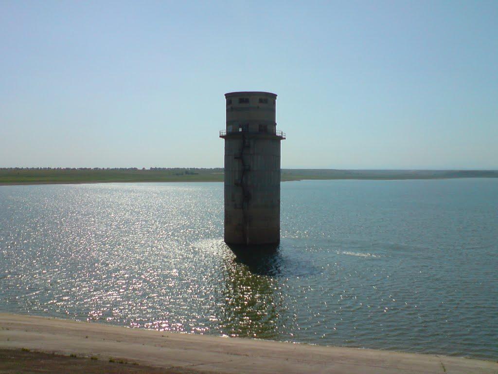 Воды в крымских водохранилищах хватит до конца года