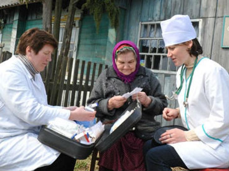 Медицинские работники в селах будут получать стимулирующие выплаты