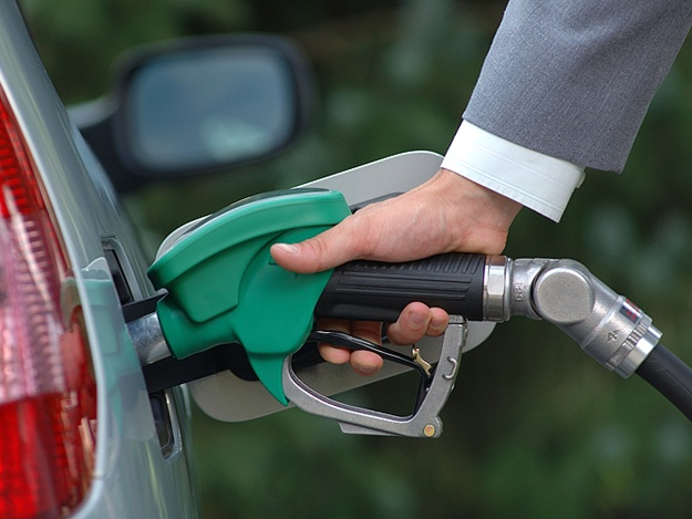 Министерство топлива проверит качество бензина на крымских заправках