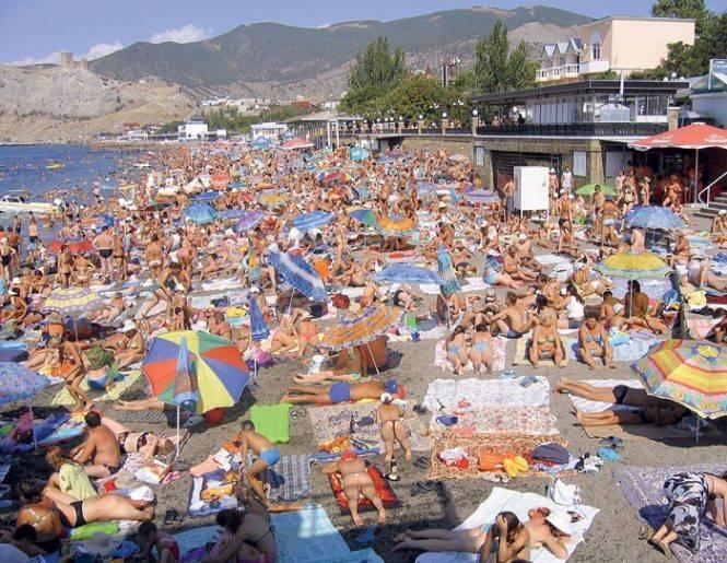 В Крыму за год не стало почти 100 пляжей