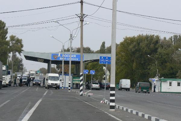 Ежедневно в Крым въезжает около 15 тысяч иностранцев