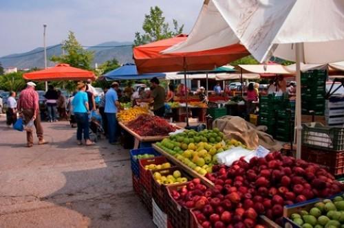 Оптовые рынки в Симферополе хотят убрать за черту города