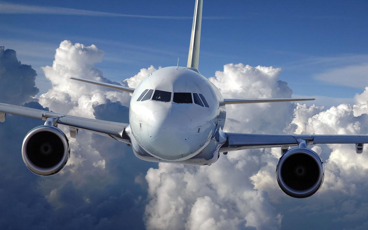 В понедельник в Крым прибудет первый самолет из Грозного