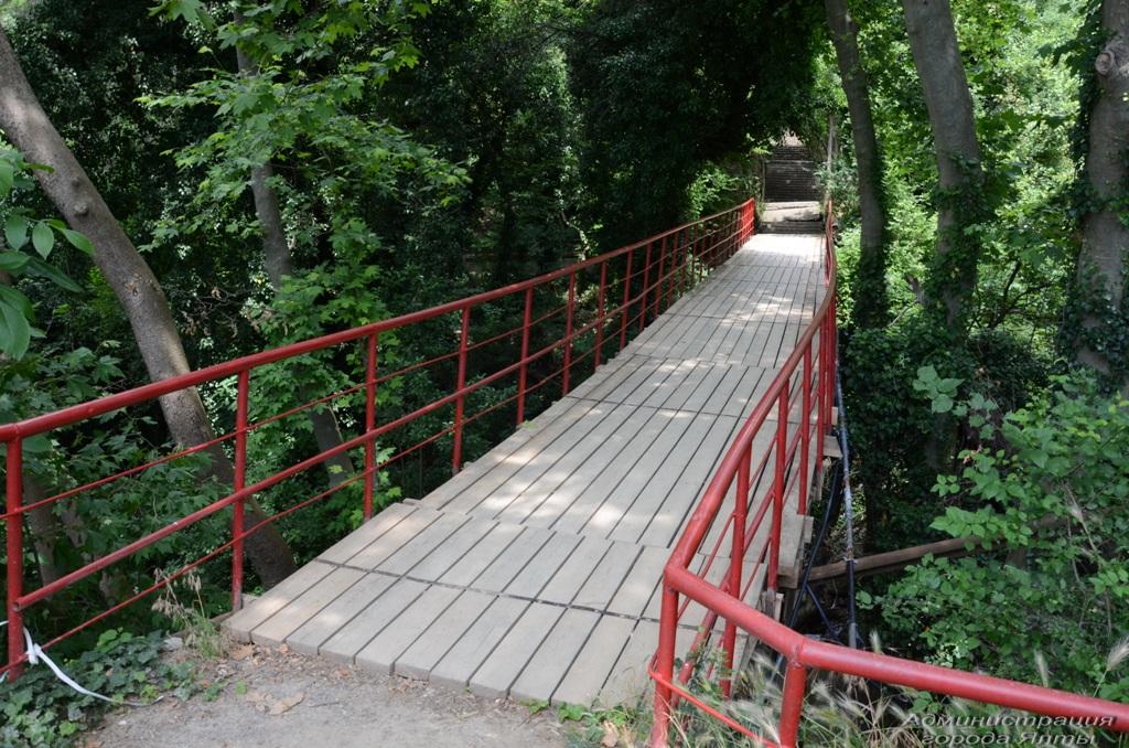 Школьники вновь могут добираться из Гаспры в Кореиз по мосту