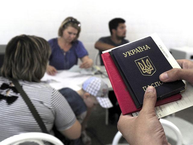 В Крыму проживает 13 тысяч украинцев, имеющих статус беженцев