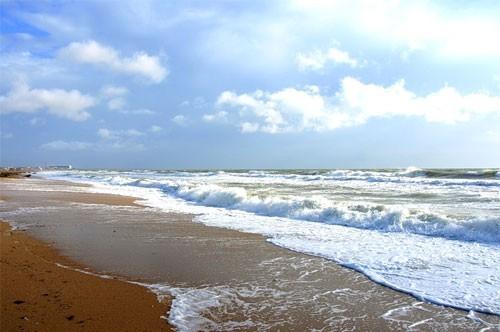 Феодосийские пляжи до сих пор не готовы принимать туристов