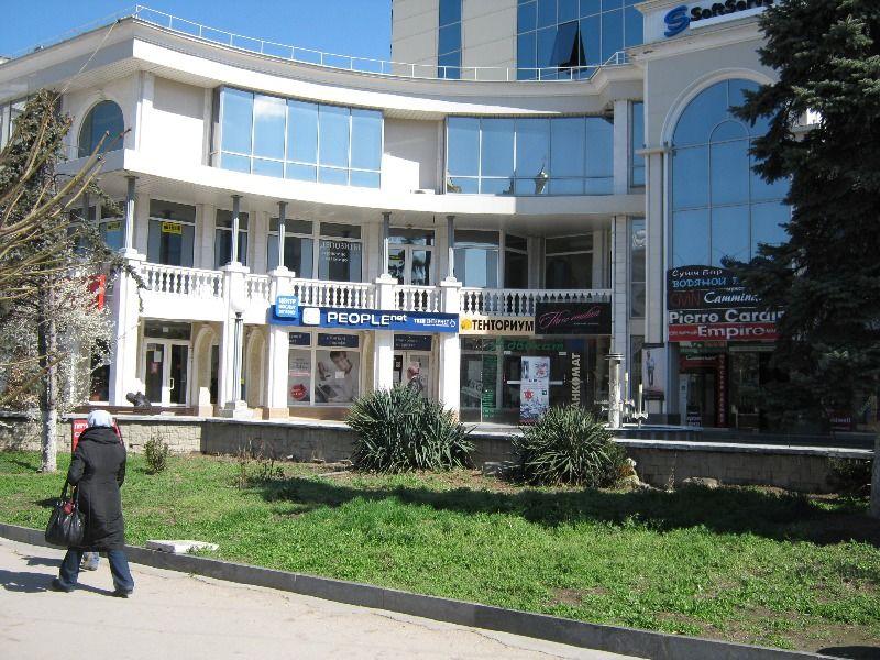 За нарушение противопожарной безопасности закрыт торговый центр в Севастополе