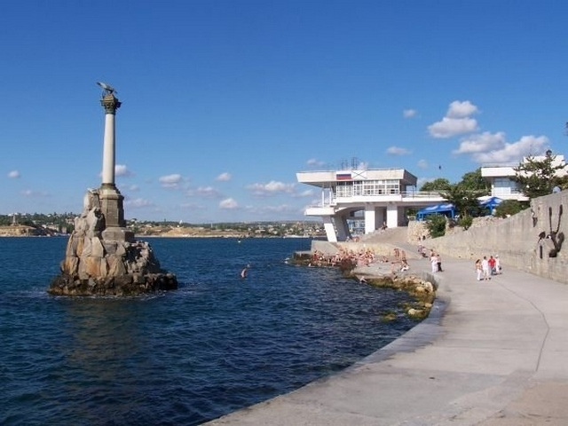 Севастополь вошел в рейтинг дешевых городов для отдыха на День России