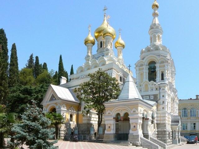 В Ялте не хватает средств для завершения реконструкции храма Александра Невского