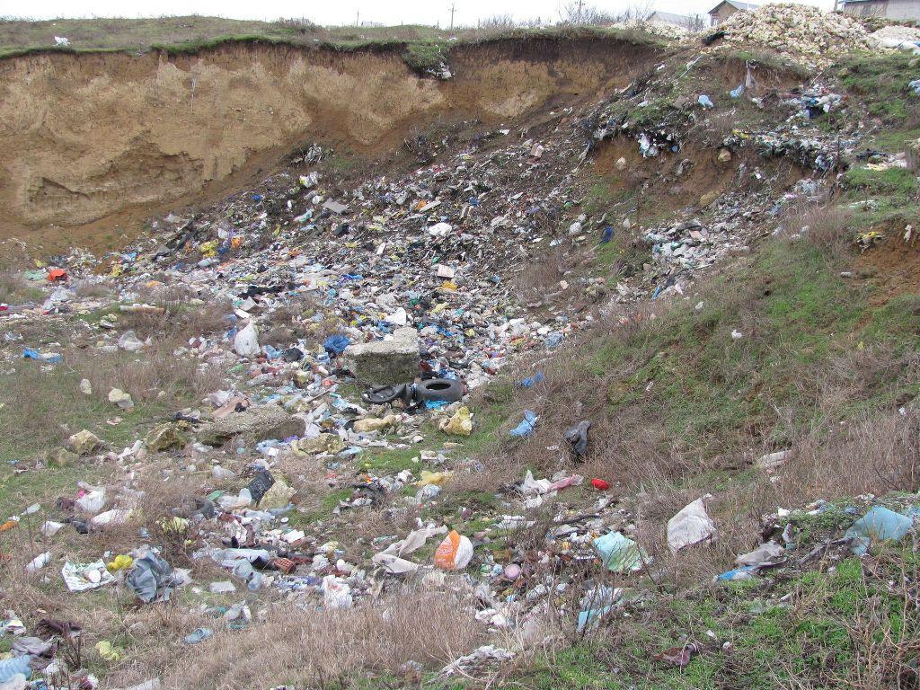 Бахчисарайские власти хотят вывозить мусор на севастопольский полигон