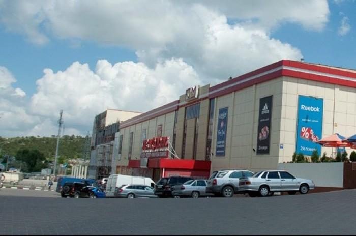 В крымской столице слишком много торговых площадей