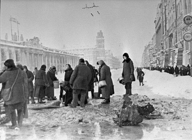 Жителям осажденного во время войны Севастополя хотят присвоить статус блокадников