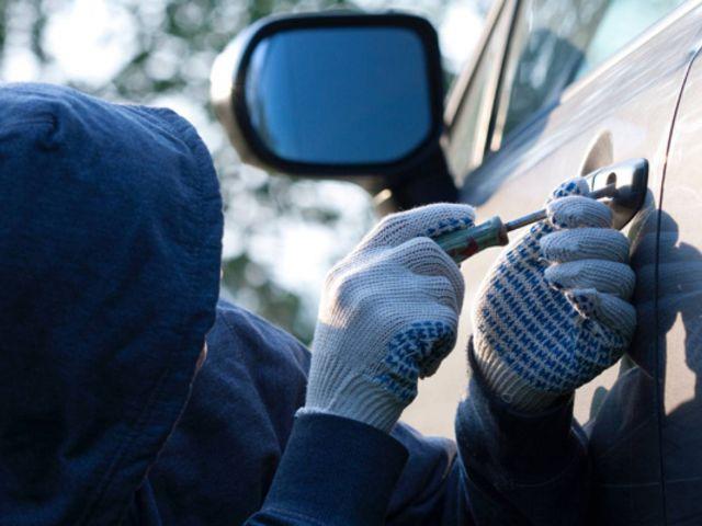 В Белогорском районе полиция поймала угонщика автомобиля